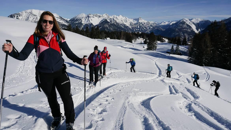 Skitouren für Mitarbeiterinnen und Mitarbeiter