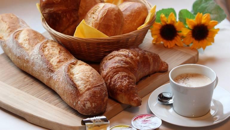 Einladung zum Frauenfrühstück